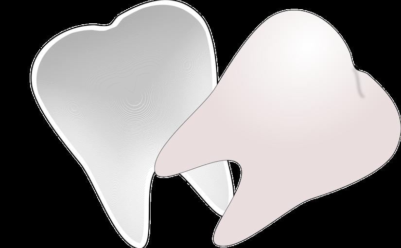 Przepiękne nienaganne zęby dodatkowo wspaniały cudny uśmieszek to powód do zadowolenia.